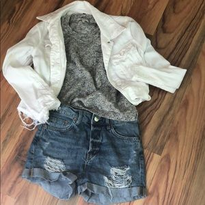 urban distressed shorts size 24